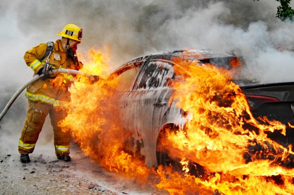 ไฟไหม้รถไม่รู้สาเหตุ ประกันรับผิดชอบไหม? │Smile Insure
